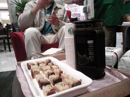 [Starbucks Anália Franco] por você.
