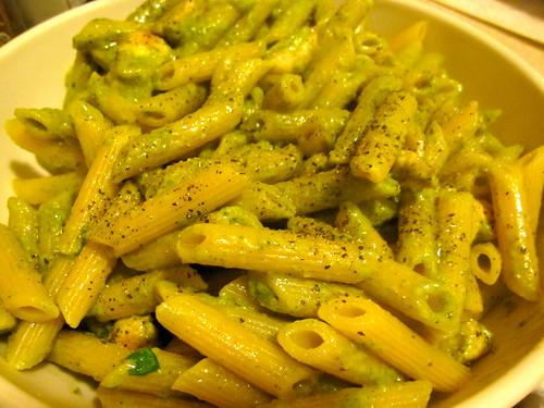 Arugula pesto pasta with grilled chicken