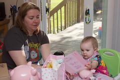 Reading the Card (Craig Dyni) Tags: birthday baby girl mom daughter mother madelyn alannah dyni