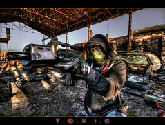 T.O.X.I.C (WisoNet) Tags: cinema 20d toxic dramatic guerra ciudad scene cine movies graphicnovel cinematic sincity escena tamarit destrozo dramatico photoilustration wisonet