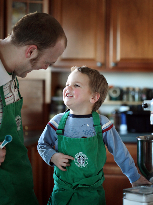 Starbucks-dad-son-baking-cookie