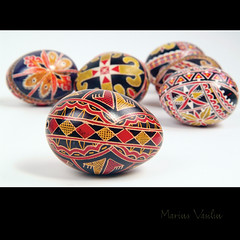 traditional easter eggs - bucovina (Bazalai) Tags: art motif museum composition painting easter design artwork symbol artistic drawing geometry decorative patterns painted traditional egg craft ornament ou romania eggs wax geometrical colourful ornamental technique coloured romanian eggshell decorated roumanie motives ovoid simbol bucovina ressurection rumnien vopsit romnia decorativ bukowina desen romnesc pictat mariusvasiliu terradesign bazalai bucovine bucovinean pati pate nviere ou art oudepati ncondeiat nchistrit compoziie tehnic meteug tradiie chii cear