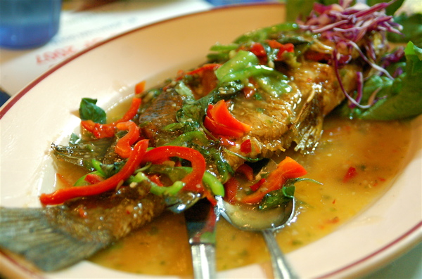 deep fried whole seabass w/ sweet chili sauce