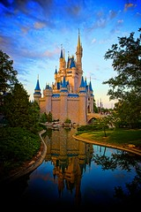 Magic Kingdom - Cinderella's Castle (Matt Pasant) Tags: usa castle apple goofy hub america canon mac aperture florida availablelight wed icon mickey disneyworld handheld pluto cinderella wdw waltdisneyworld vignette canonef2470mmf28lusm magickingdom magichour funnelcake adventureland waltdisney topaz libertysquare cinderellascastle wdi cinderellacastle imagineer reedycreek niksoftware canoneos5dmarkii waltereliasdisney