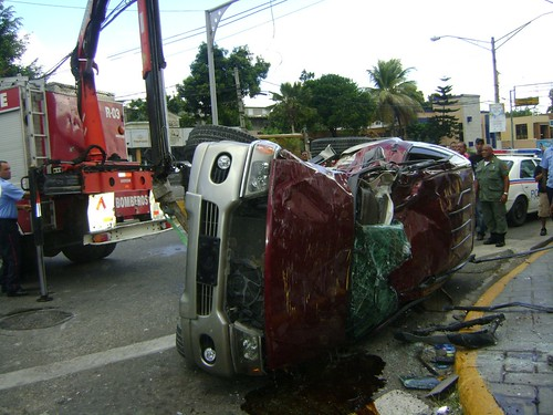 Accidente en la 27 de Feb. Santiago (Amet_Lacena)