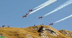 ✚ ✚ ✚ ✚ ✚ (Toni_V) Tags: alps schweiz switzerland suisse hiking airshow alpen 70300mm 2009 randonnée d300 patrouillesuisse flugschau axalp flightdemonstration toniv axalpebenfluh 091007 dsc3781