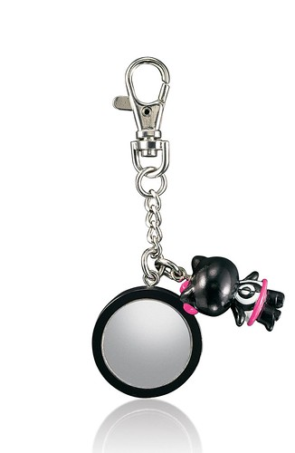 MAC Hello Kitty-MirroredKeyClipBack-NT$980 by you.