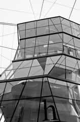 More Windows! (BorisJ Photography) Tags: city windows bw white black building window modern big nice singapore asia front structure sw 2008 glas singapur bigcity fisbob borisjusseit thelioncity
