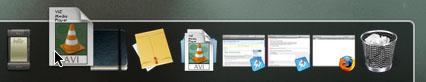 Captura de pantalla de un archivo de VLC arrastrándose al dock en Mac OS X