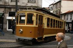 Porto, un tram (querin.rene) Tags: brown portugal yellow tram giallo porto transportation oporto marrone portogallo mezzoditrasporto qdesign ilustrarportugal querin renquerin