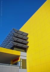 IKEA, 20 Feb 2009 (photography.by.ROEVER) Tags: blue winter ikea minnesota yellow store entrance minneapolis sunny bluesky swedish twincities bloomington february 2009 hennepincounty twincitiesikea