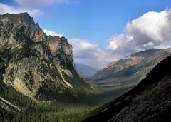Tatra Mountains (remik78) Tags: mountains landscape valley góry dolina tatry wody hightatras vysoketatry tatramountains tatrywysokie młynarz białej pfogold fotocompetition fotocompetitionbronze fotocompetitionsilver