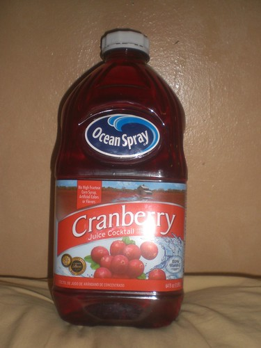 cranberry juice and uti You may have heard that drinking cranberry juice can help with a urinary tract infection (uti), but that's not the only benefit cranberries are water-harvested fruits.