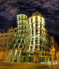 Dancing Building - At Night (tantonr) Tags: prague dancingbuilding abigfave simplystunningshots