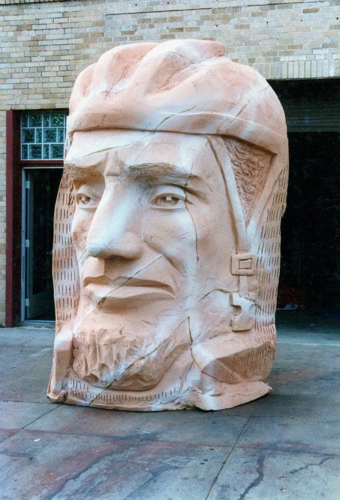 Ken Robison | Texas sculptor, artist, muralist and 3D prop