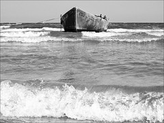 (Bia.dreams) Tags: light sea sky bw water canon boat seaside a520 romania blacksea bybia mamaiasat