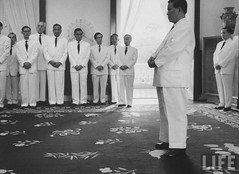Pres. Ngo Dinh Diem at Presidential palace on 7th anniv. as president. 7-1961 par VIETNAM History in Pictures (1962-1963)