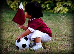 "(Qatar&Me ""    ll3naadll) Tags: green grass shirt ball football team player p noni qatar bntal3nabi 3nabe"