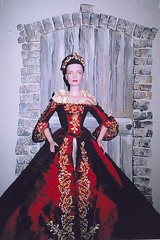 The Other Boleyn Girl3 (annesstuff) Tags: doll sydney convention crown fashiondoll tonner tonnerdoll anneboleyn roberttonner annesstuff