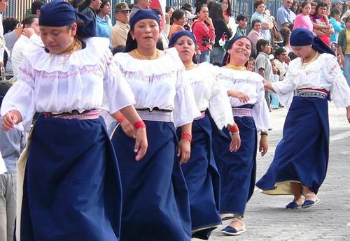 Cotacachi-Ecuador-snapshots