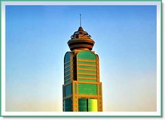 Building  ( Kuwait ) (SWAIDAN  to Syria  G.W.L.K_) Tags: city sun building art set club canon photo flickr gulf photos shots quality super science best kuwait too eso q8 kartpostal bej theperfectphotographer swaidan