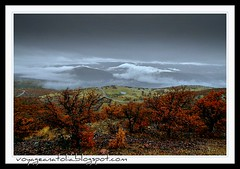 Rain and Clouds over Kirmir Valley (voyageAnatolia.blogspot.com) Tags: trip travel trees red sky nature rain weather clouds turkey dark landscape oak day earth gray down paisaje valley bushes slope earthday gdl gudul afsad kirmir voyageanatolia