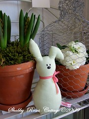 More little rabbits... (*ShabbyRosesCottage*) Tags: red rabbit bunny green gingham vichy hase hschen hasen hasi greengate vichykaro
