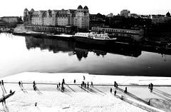 .. Oslo, Norway .. (Roberta Facchini) Tags: winter light sunset people sun house snow reflection oslo norway construction opera view roberta facchini ruobby robertafacchini rfplaces wwwrobertafacchinicom