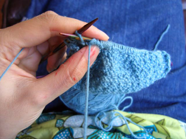 knitting a swatch