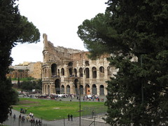 """The colloseum • <a style=""""font-size:0.8em;"""" href=""""http://www.flickr.com/photos/36178200@N05/3390658673/"""" target=""""_blank"""">View on Flickr</a>"""
