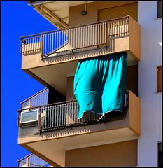Condominio balneare (paololongo48) Tags: verde condominio grado tenda balconi homersiliad