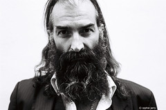 Warren Ellis (Dirty Three, Nick Cave & the Bad Seeds, Grinderman) (sophie jarry) Tags: warrenellis dirtythree nickcaveandthebadseeds grinderman