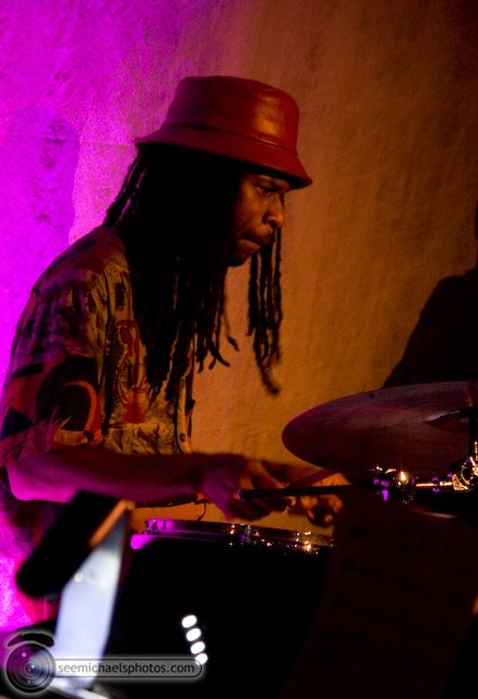 Derek Cannon Kamau Kenyatta Group at Tango Del Rey 92309 © Michael Klayman-009