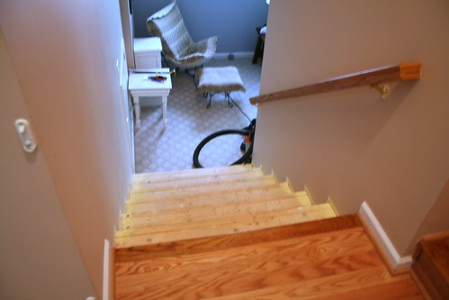 Stairway down, sans carpet.