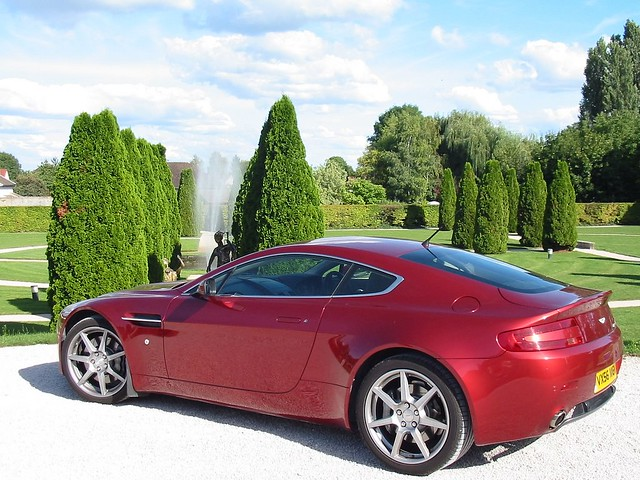 france garden grounds redastonmartinv8vantage