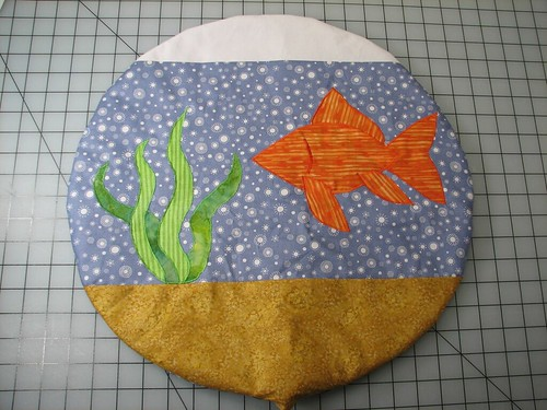 Fishbowl cat quilt24