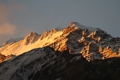 Sunset on Aconcagua (chris.bryant) Tags: sunset shadow sky sun snow mountains sol southamerica nature argentina clouds atardecer rocks afternoon altitude peak mountaineering geology 1001nights breathtaking picos rockformations sheer sudamerica gmt aconcagua americadosul otw iloveargentina flickraward parqueprovincialaconcagua concordians thebestofday gününeniyisi worldtrekker absolutelystunningscapes qualitypixels breathtakinggoldaward vanagram panoramafotografico saariysqualitypictures flickrclassique atomicaward travelsofhomerodyssey breathtakinghalloffame