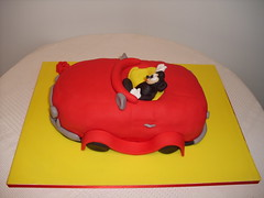Carro do Mickey (Isabel Casimiro) Tags: amigos cake bar batizado christening playstation bolos aniversrios bodasdeprata belaadormecida bolosartisticos bolosdecorados bolobatman bolocarro bolopirataecupcakes boloavio bolopirata bolosdeaniversrocakedesign bolosparamenina bolosparamenino