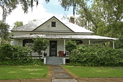 Bilby House (Black.Doll) Tags: florida tinroof bushnell crackerhouse sumtercounty victorianrevival