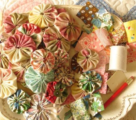 Hand sewn quilt yo yos