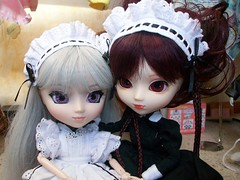 Wellow (Yuna) et Ariette ( Ythyl) (ythylolyn) Tags: doll pullip blythe reims