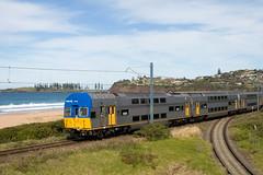 "VSet Departing Bombo (Trent ""Raichase"" Nicholson) Tags: beach interurban southcoast kiama intercity bombo cityrail vset railcorp"