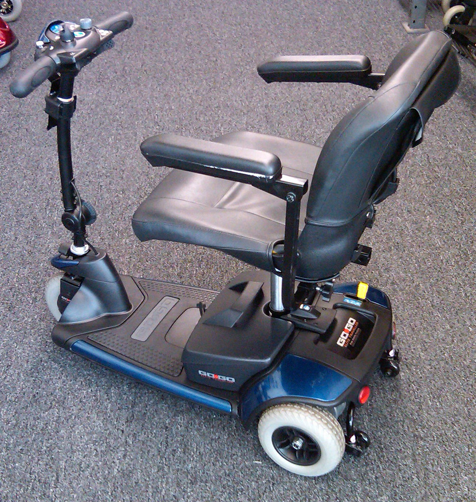 Used Pride Mobility GoGo Elite 3 Wheel Mobility Scooter 800-708-6399