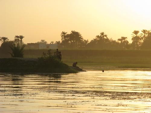 Passeio de Feluca pelo Nilo, Luxor, Egipto