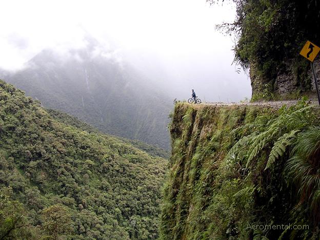 Thumb Ciclismo de montaña en la Carretera de la Muerte de Bolivia (Death Road)