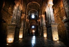 [フリー画像] [人工風景] [建造物/建築物] [教会/聖堂] [サン・ペーレ・デ・ロダス修道院] [インテリア] [スペイン風景]     [フリー素材]