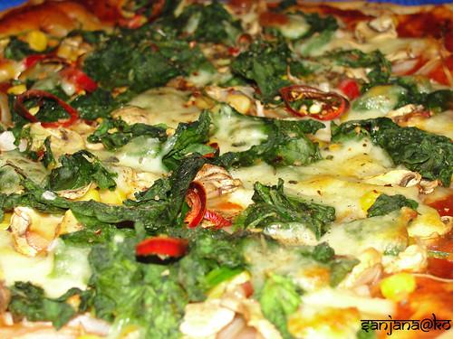 naan pizza 7
