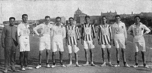 Competición de Atletismo en la Escuela de Gimnasia de Toledo en 1924. Fotografía de Rodríguez para El Castellano
