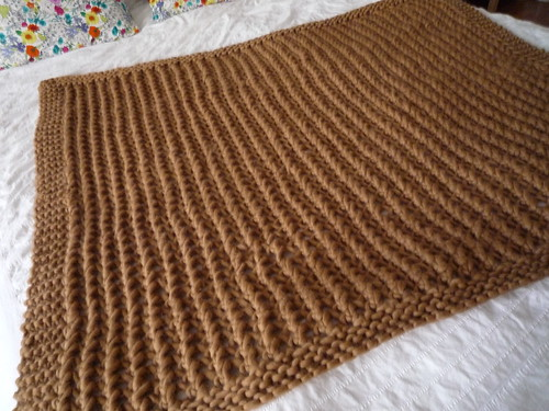 lacy chunky throw