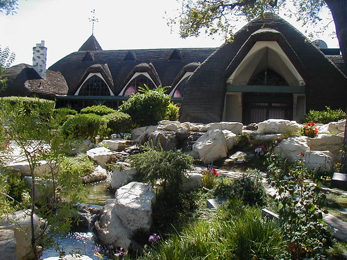 Oak Hill Memorial Park- Chapel of Roses Park